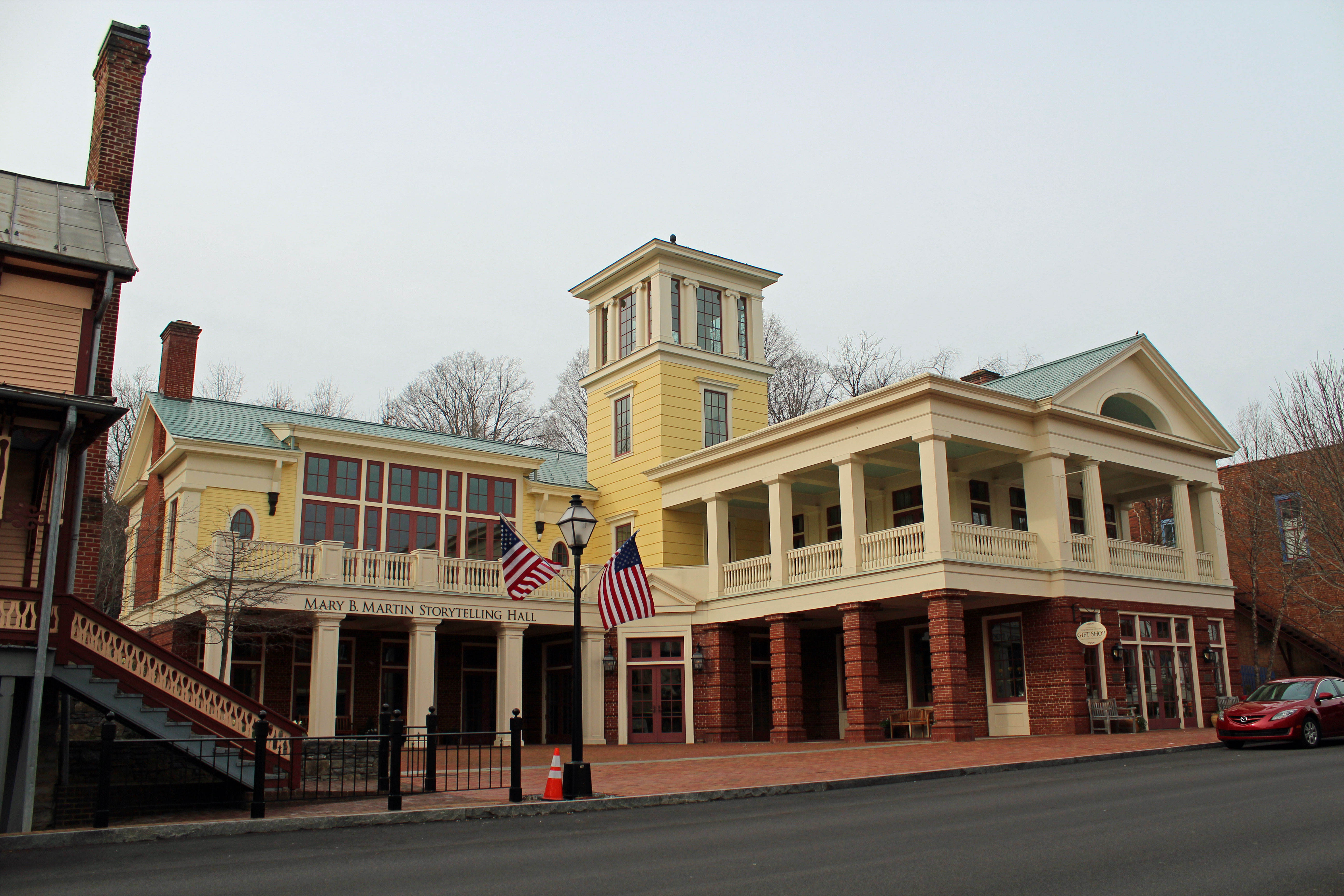 A picture of the International Storytelling Center in Jonesborough, TN